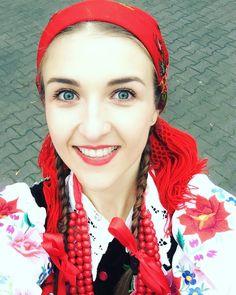 Łowiczanka jestem z samego Łowicza #folk #łowiczanka #polishgirl #style #regional #best #smile #happy #magister #blueeyes #dance #sing #polish #folklore