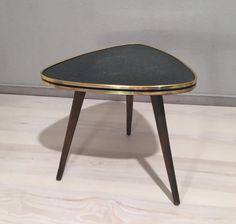 Vintage Tische - kl. Nierentischchen / Blumenhocker *Mid Century - ein Designerstück von Mid-Century-Frankfurt bei DaWanda