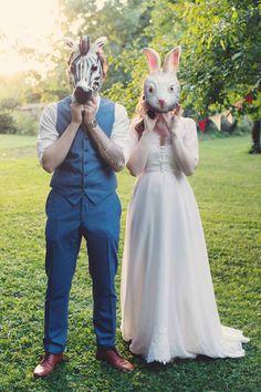 Amélie wears her violette tannenbaum wedding dress