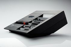 Yamaha TC-800 cassette deck by Mario Bellini