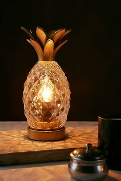 Plum & Bow Pineapple Table Lamp