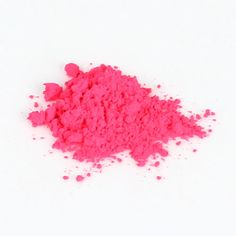 Summer is the perfect time to try bright makeup colors. If the idea of bright cosmetics makes you feel a little intimated, sheer l ip colors are one way to try the look without committing fully.This Neon Pink Lip Tint has a sheer yet buildable color. Use your fingers or a brush to apply a thin …