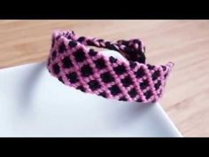 格子模様のミサンガの編み方 - YouTube
