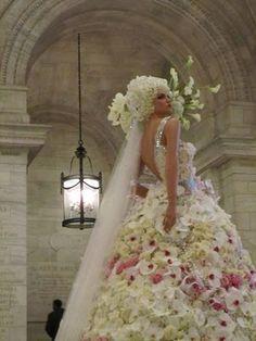 The Preston Bailey floral Monique Lhuillier wedding dress.