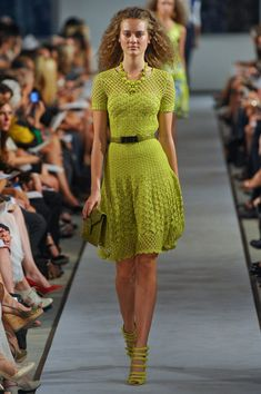 It looks kind of odd in the still shot, but this was beautiful when it was moving.  Oscar De La Renta, Spring 2012.