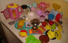Childrens play toys Kitchen Play at Home Barbie Hello Kitty Food Mattel