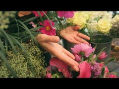 How to Maintain the Perfect Floral Arrangement With Flower Girl NYC