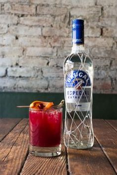 #NYC bartenders shake up holiday #cocktails