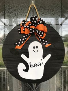 This boo sign makes a great addition to any homes front door. It can be used as a door hanger, home accent, or room decor. Makes a great gift for men and women and adds great appeal for your front door, Spooky Halloween, Halloween Signs, Happy Halloween, Halloween Crafts, Halloween Decorations, Halloween Wreaths, Diy Halloween Ornaments, Holiday Door Decorations, Halloween Sewing