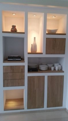 Minimalist Home Furniture, Minimalist Interior, Minimalist Decor, Dining Room Shelves, Living Room Storage, Recessed Shelves, Art Deco Bedroom, Oak Doors, Home Office Design