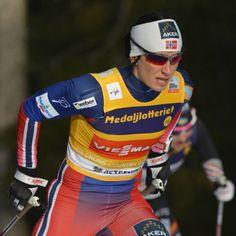 Kryształowa dominacja Bjoergen. W tym sezonie PŚ wygrała wszystko. http://sport.tvn24.pl/sporty-zimowe,130/ps-w-biegach-narciarskich-bjoergen-wygrala-wszystkie-krysztalowe-kule,524299.html