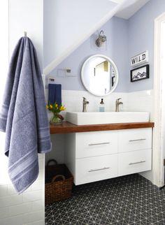 Eclectic Bathroom. Fresh Design. Modern Bathroom.