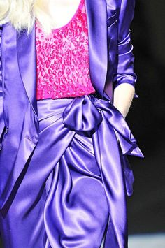 Designs in Purple & Lilac #Purple #Lilac #PurpleDresses #PurpleGowns #Fashion #PurpleFashion #FashionDesigners #Dresses #Gowns #PurpleFabrics #PurpleTextiles #TelasMoradas #ModaenMorado #VestidosenMorados #VestdosdeNoches #LilacFabrics #LilacTextiles #LilacDresses #LilacGowns #VestidosenLila #TelasColorLila #RexFabrics