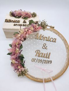 43 Elegant Wedding Welcome Signs You Will Like - Page 14 of 43 Bridal Shower Decorations, Wedding Decorations, Wedding Blog, Wedding Gifts, Ring Holder Wedding, Engagement Decorations, Flower Embroidery Designs, Floral Hoops, Wedding Welcome Signs