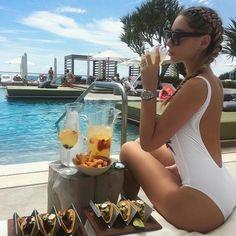 . #vacation #boss #chic #bikini #chill #luxury #tropical #travel #girl #photooftheday #FF #random #outdoor