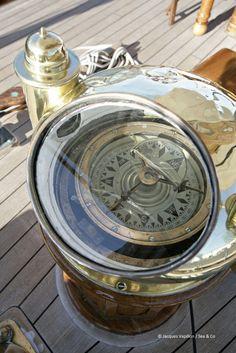 Boat Compass Just Cool Looking :) Classic Sailing, Classic Yachts, Sea Storm, Boat Stuff, Instruments, Sail Away, Set Sail, Wooden Boats, Tall Ships