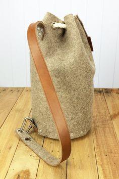 Mens backpack / Felt Backpack Duffle bag / Duffel bag by Ram.- Mens backpack / Felt Backpack Duffle bag / Duffel bag by Rambag Mens backpack / Felt Backpack Duffle bag / Duffel bag by Rambag - Men's Backpack, Leather Backpack, Leather Bag, Duffle, Duffel Bags, Delivery Bag, Sacs Design, Minimalist Bag, Simple Bags
