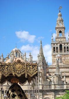 Torris Fortissima -Semana Santa de Sevilla   Andalucía   Spain (by Ilde Cortés)