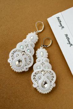 Wedding Jewelry, Diy Jewelry, Beaded Jewelry, Jewelery, Handmade Jewelry, Jewelry Design, Unique Jewelry, Soutache Earrings, Crochet Earrings