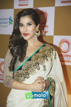 Sophie Chaudhary at Swades foundation fundraiser show in Mumbai