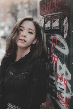 Kpop Girl Groups, Korean Girl Groups, Kpop Girls, Yg Entertainment, Bts Kim, Black Pink Kpop, Divas, Twitter Image, Blackpink Twitter