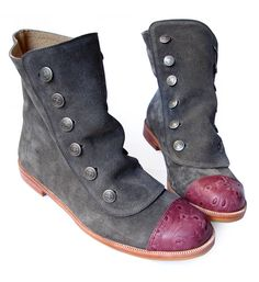 Gray leather boots by QuieroJune on Etsy