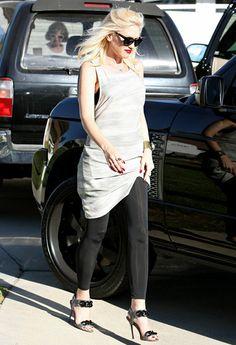 Gwen Stefani's Chic Maternity Style//