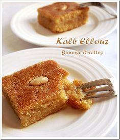kalb el louz My fave since I lived in Algeria 🇩🇿 Ramadan Desserts, Ramadan Recipes, Party Desserts, Arabic Sweets, Arabic Food, My Recipes, Sweet Recipes, Tunisian Food, Semolina Cake