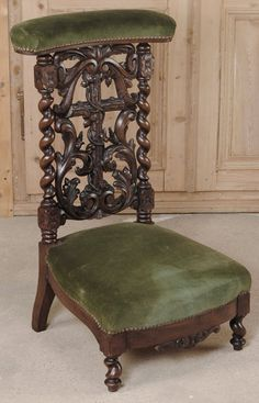 Antique Black Forest prie dieu