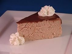 Low Carb Mocha Cheesecake --- website with lowcarb desserts Low Carb Chocolate Cheesecake Recipe, Mocha Cheesecake, Low Carb Cheesecake, Cheesecake Desserts, Keto Desserts, Healthier Desserts, Chocolate Cheescake, Mocha Chocolate, Chocolate Powder