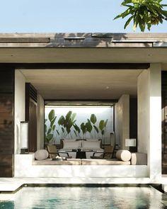 Alila Villas Uluwatu in Uluwatu, Indonesien: Der Luxus im Alila Villas Uluwatu ist modern und vollkommen: Die im modischen Bali-Stil … in 2020 Villa Design, Design Hotel, Design Interiors, Design Art, House Bali, Bali Stil, Outdoor Rooms, Outdoor Living, Alila Villas Uluwatu