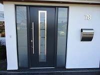 Here we have found several different types of external front doors design ideas, and if you are serious about searching for the best home design ideas, you Grey Front Doors, Modern Front Door, Wooden Front Doors, House Front Door, Front Door Design, Glass Front Door, House With Porch, Aluminium Front Door, Aluminium Windows