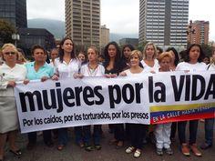 Artistas, líderes estudiantiles y las diputadas María Corina Machado y Rosaura Sanz caminarán vestidas de blanco y en silencio hasta los..