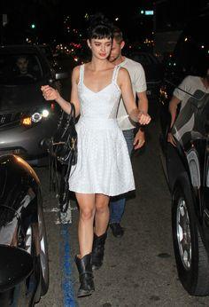 Krysten Ritter Leaving the Katsuya restaurant in Hollywood, Sept 29 '12