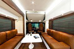 Luxury Interior RV Gallery Vario Alkoven 1200 Actros Mercedes Benz https://decomg.com/luxury-interior-rv-gallery-vario-alkoven-1200-actros-mercedes-benz/