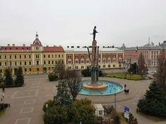 cluj-napoca-Avram-Iancu-Square-12