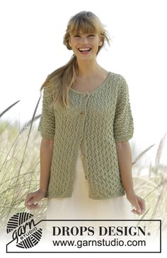 """DROPS Design jacket with lace pattern and vents in the side in """"Merino Extra Fine"""". Free knitting Pattern"""