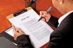 Professional resumes Key to a dream job? #careeroption #akm #naukri #resumewriting