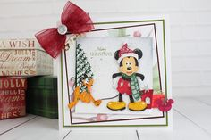 The gorgeous Disney Christmas Collection. For more information visit… Disney Christmas Cards, Disney Cards, Xmas Cards, Christmas Ideas, Mickey Mouse And Friends, Disney Mickey Mouse, Create And Craft, Vintage Disney, Hobbies And Crafts