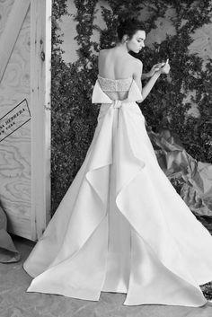 Carolina Herrera abiti da sposa 2017 - Vestito con fascia Carolina Herrera