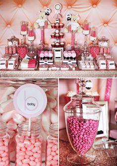 comment-faire-un-candy-bar-mariage-anniversaire. Buffet Dessert, Lolly Buffet, Candy Buffet Tables, Pink Candy Buffet, Pink Dessert Tables, Shower Party, Baby Shower Parties, Baby Party, Bridal Shower