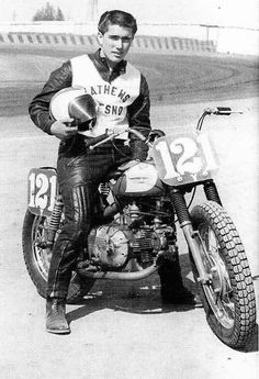 Motorcycle History: Harley Davidson Sprint – The Spaghetti Hoglet Flat Track Motorcycle, Flat Track Racing, Motorcycle Racers, Road Racing, Triumph Motorcycles, Vintage Motorcycles, Harley Davidson Motorcycles, Harley Dirt Bike, Tron Bike
