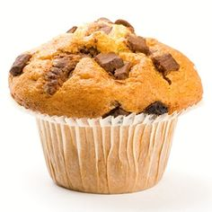 Peanut butter and choc chip muffins Chocolate Chip Muffins, Peanut Butter Recipes, Easy Meals, Gluten Free, Cupcakes, Cookies, Breakfast, Food, Social Studies