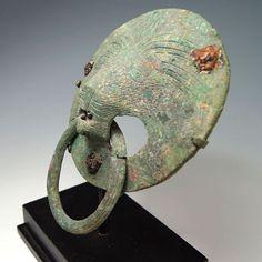 A Roman Lion Handle, ca 2nd century AD