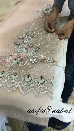 Needle and Hook: Lesage Level 2 - Salvabrani Pearl Embroidery, Tambour Embroidery, Embroidery Fashion, Embroidery Dress, Embroidery Stitches, Bead Embroidery Tutorial, Hand Embroidery Designs, Embroidery Patterns, Sewing Patterns