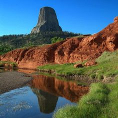 Devils Tower Trail (Devils Tower National Monument) in Wyoming http://www.womenshealthmag.com/fitness/hikes-near-me/slide/26