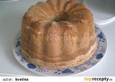 Hotová bábovka Sweet Desserts, Bagel, Muffin, Bread, Breakfast, Food, Kuchen, Morning Coffee, Brot