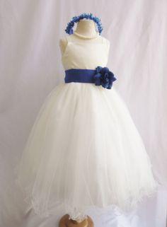 Girl's ivory flower girl dress tulle