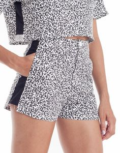 The slightly high-waisted Nemis Women Stickman Panel Shorts are printed all-over, with black side panels. Korean Streetwear, Black Side, Street Style Women, Night Out, Latest Trends, Street Wear, Women Wear, Rompers, Shorts