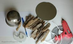 Driftwood Crafts | DIY Drift Wood Mirrors #driftwoodcrafts #diydriftwood #driftwoodmirrors #diycrafts #driftwood Rainbow Loom Charms, Rainbow Loom Bracelets, Pebble Painting, Pebble Art, Stone Painting, Handmade Crafts, Diy Crafts, How To Make Paper Flowers, Driftwood Crafts